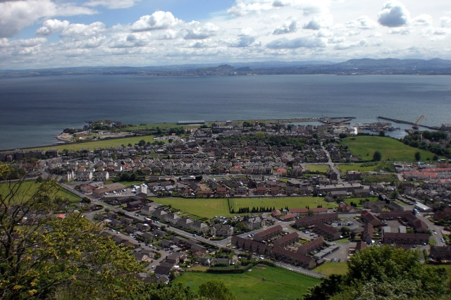 Burntisland from The Binn